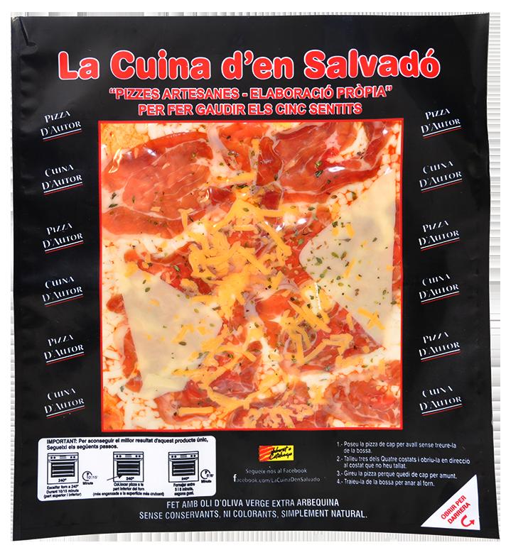 Pizza de pernil salat i 3 formatges